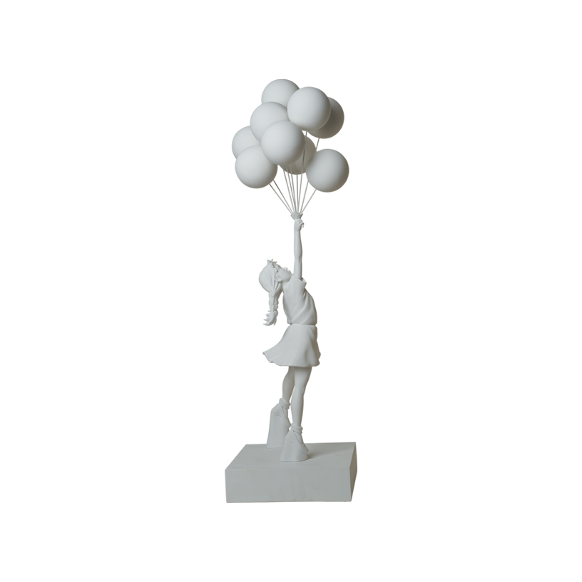 3FT Flying Balloons Girl 297,000円(税込)