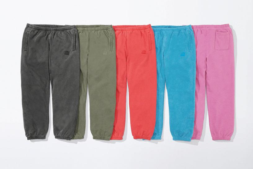 Supreme®/The North Face® Pigment Printed Sweatpant