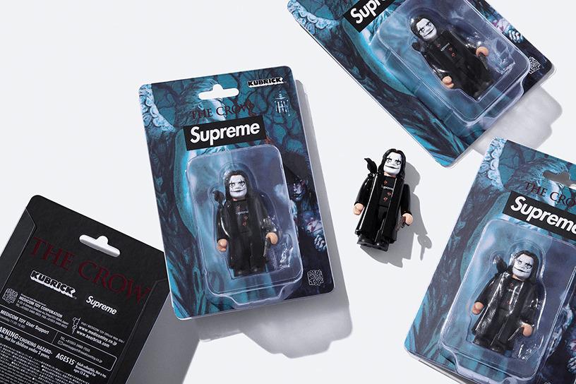 Supreme/The Crow  KUBRICK 100%